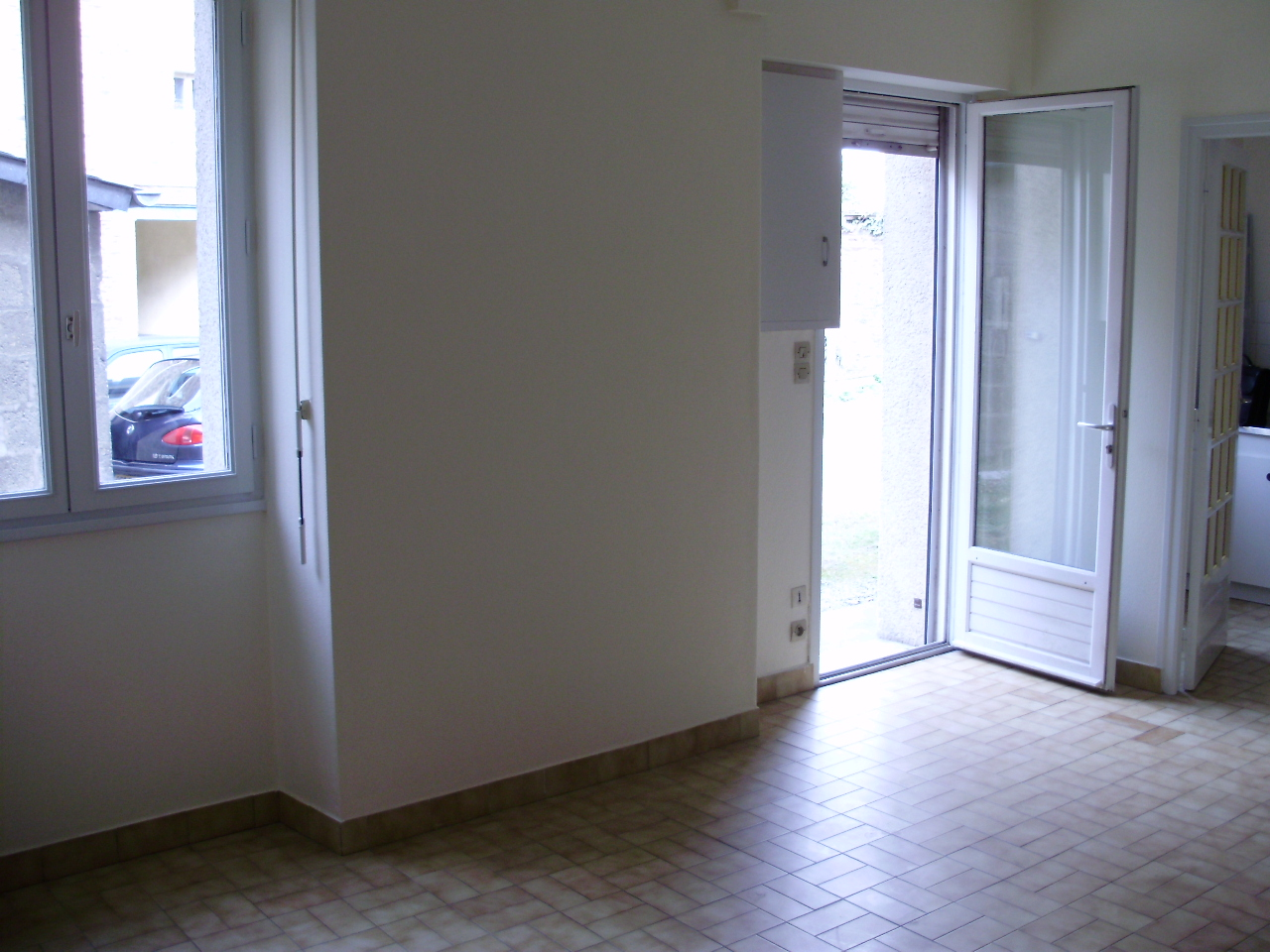 Locations appartement rennes arsenal redon avec saint for Location appartement atypique rennes